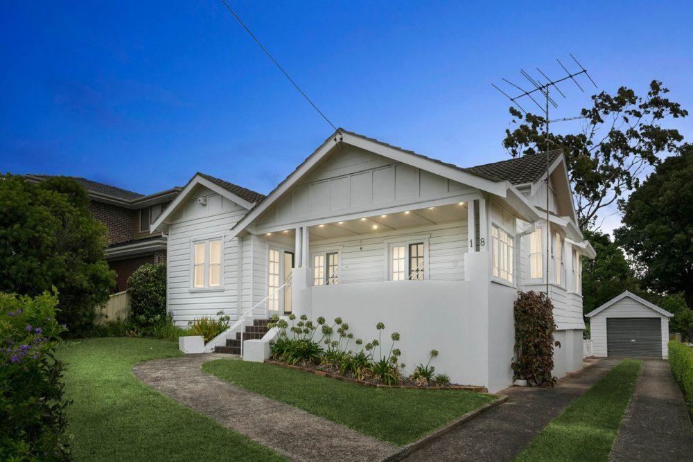 LowRes-14637_18 McKenzie Avenue Wollongong_103_086