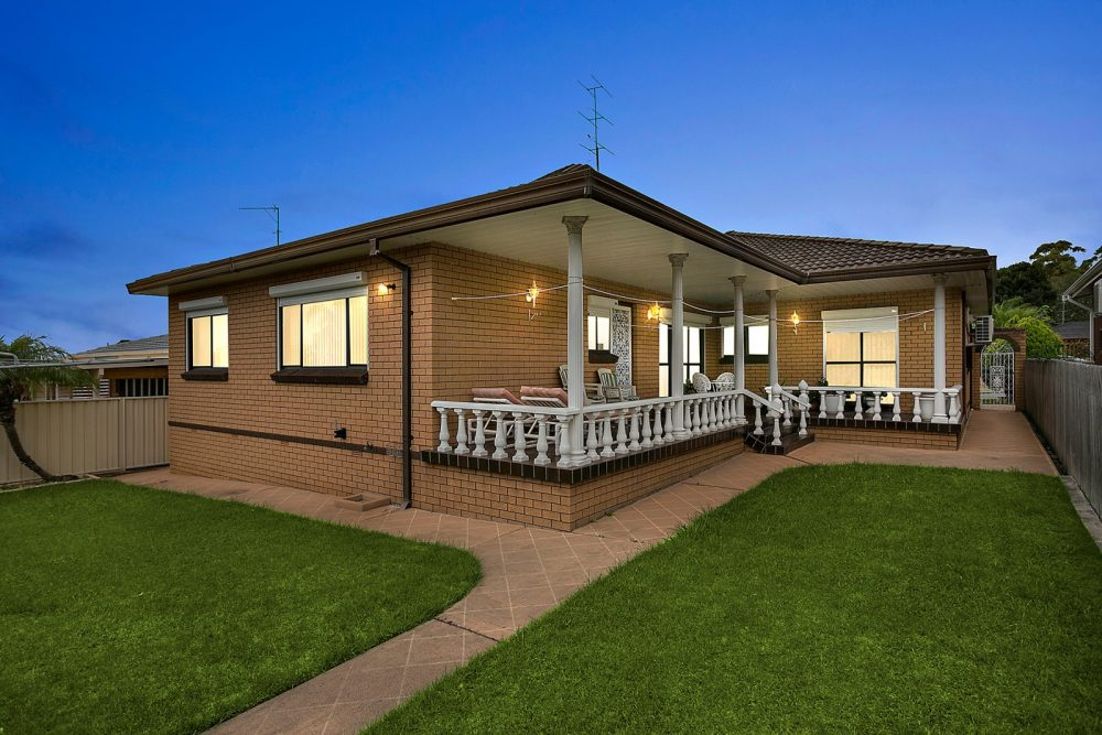 LowRes-14637_8 Blue Gum Place Barrack Heights_104_951