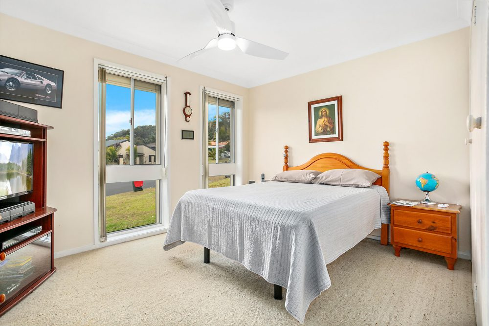 LowRes-14637_48 Blackbutt Way Barrack Heights_105_505
