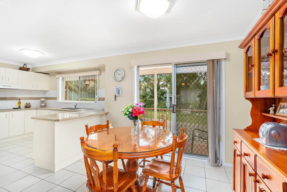 LowRes-14637_48 Blackbutt Way Barrack Heights_105_526