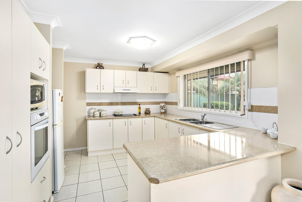 LowRes-14637_48 Blackbutt Way Barrack Heights_105_535
