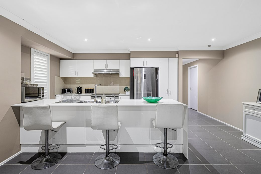 LowRes-14637_29 Huntingdale Close Shell Cove_100_686