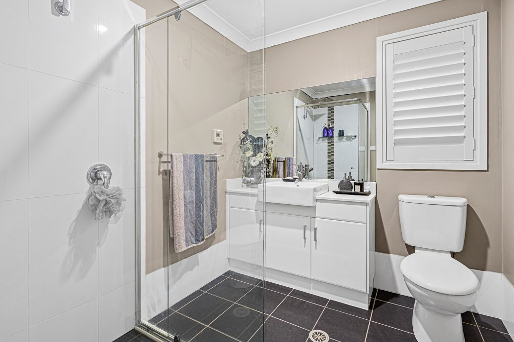 LowRes-14637_29 Huntingdale Close Shell Cove_100_721