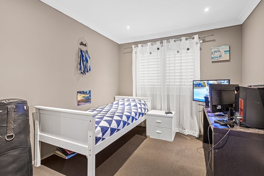 LowRes-14637_29 Huntingdale Close Shell Cove_100_735