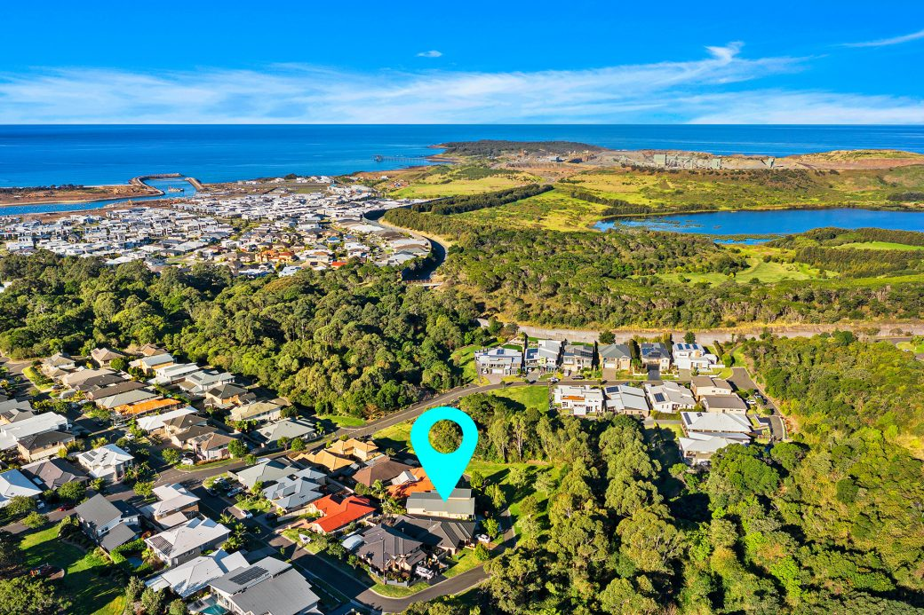 LowRes-14637_11 Montague Crescent Shell Cove_104_106
